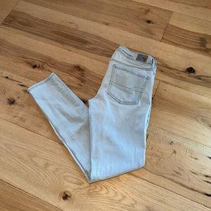 2/$35-American Eagle Jeans